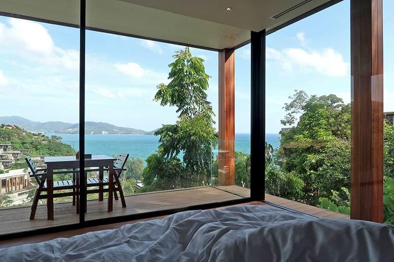 villa phuket beachfront สุดเพลิดเพลิน